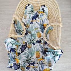 """Komplet bambusowy otulacz z poduszką miś """"Tukany i ananasy"""""""